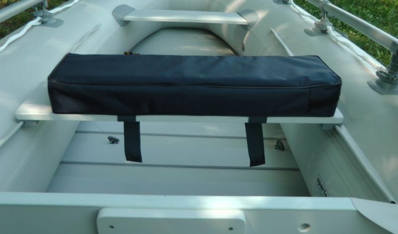 Podsedák na sedačku člunu - černý